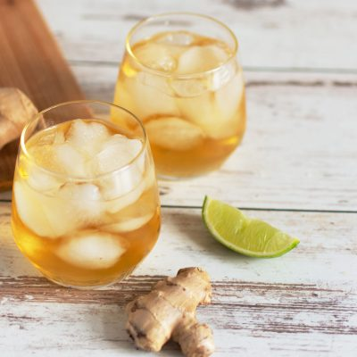 Ice-cold ginger ale in glasses