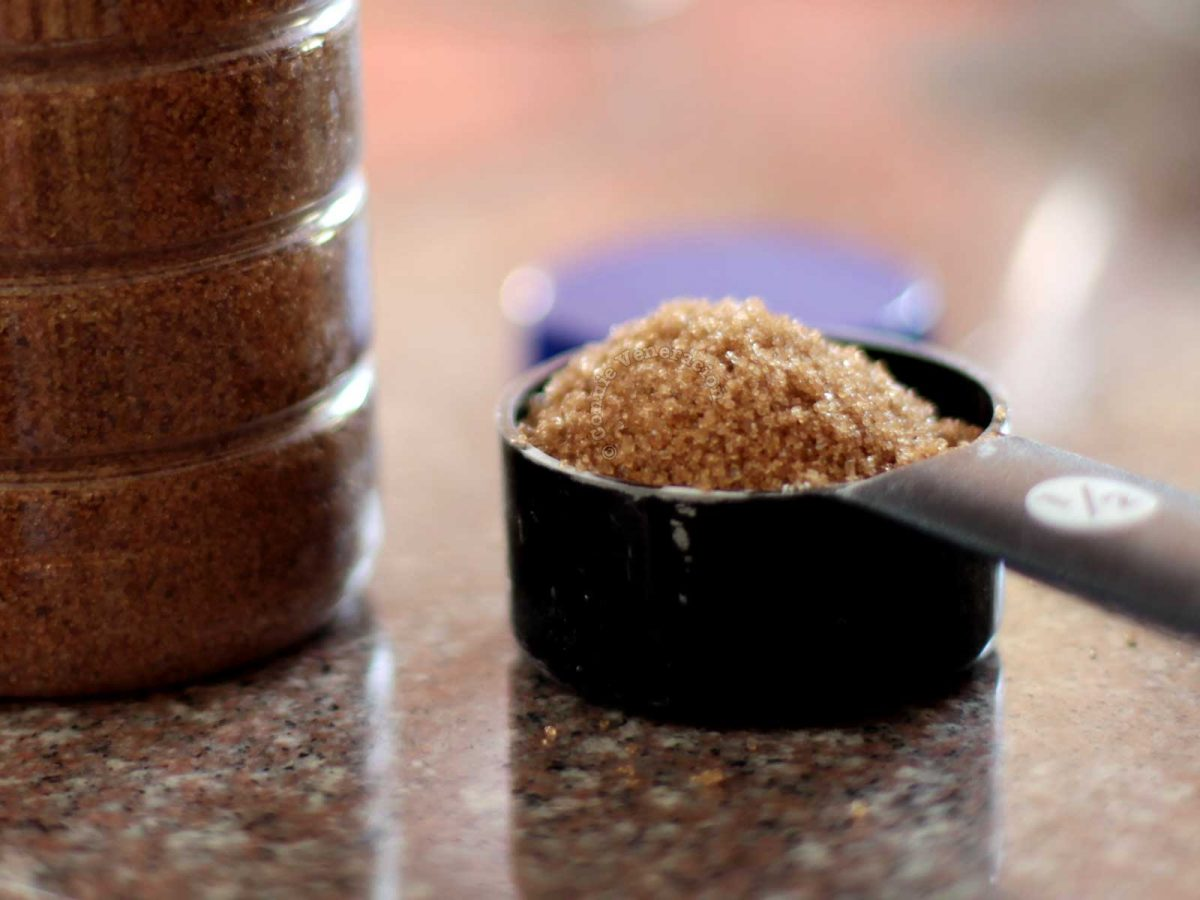 Loosely packed browned sugar
