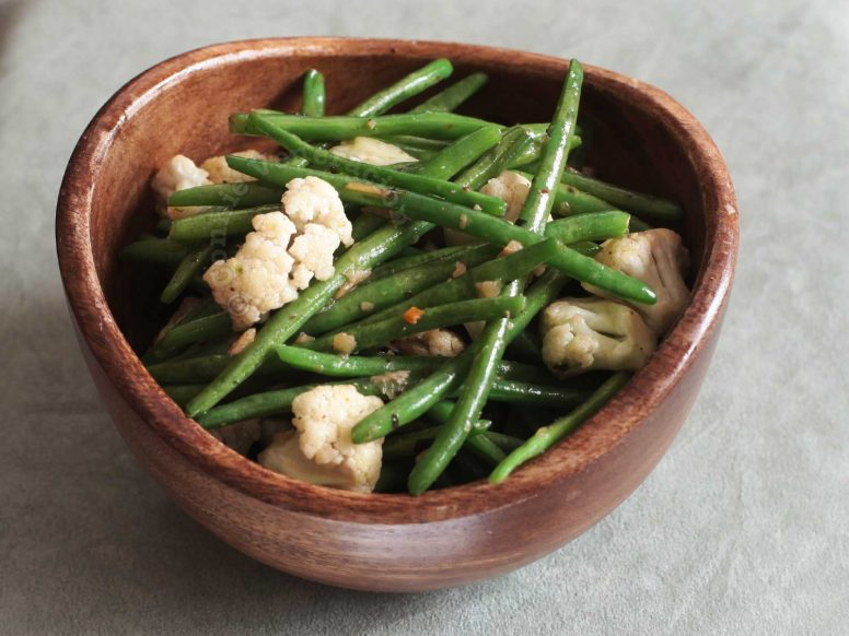 Green Beans and Cauliflower With Herb and Spice Butter