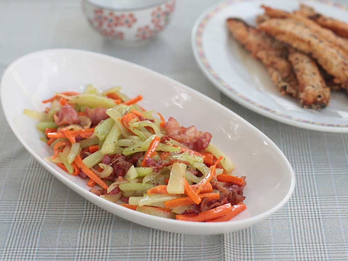 Sautéed chayote and carrot with bacon